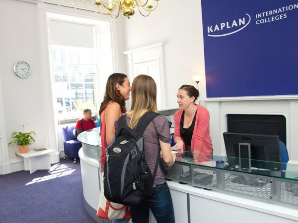 Приёмная Kaplan International Colleges