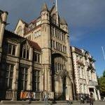 Здание Манчестерского университета