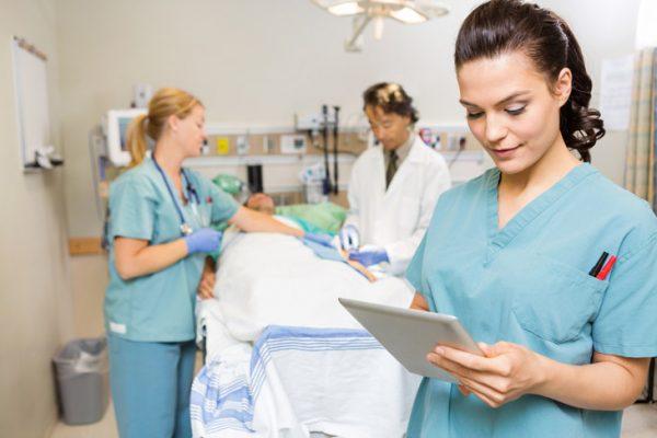 Медсёстры перед операцией