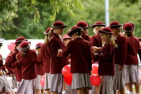 Школьницы Новой Зеландии