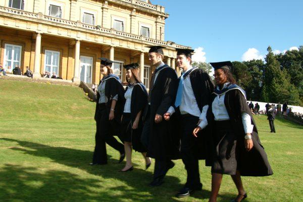 Студенты Оксфорда