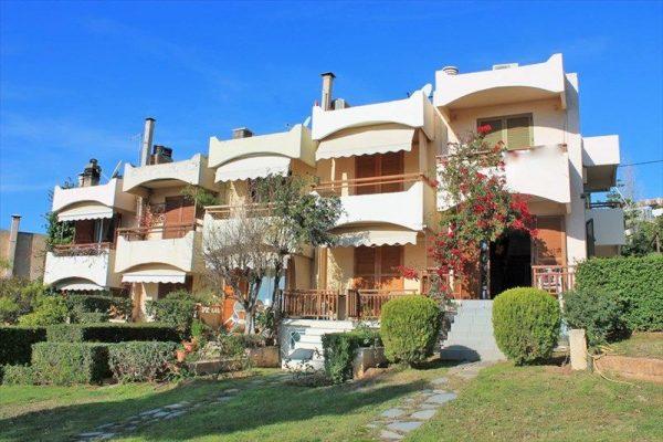 Жилая недвижимость в Греции