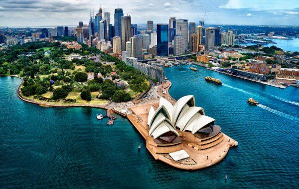 Панорама Сиднейского оперного театра