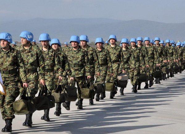 Миротворцы идут строем
