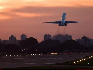 Самолет на взлёте