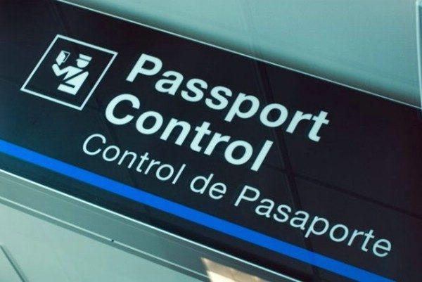 Табличка паспортного контроля