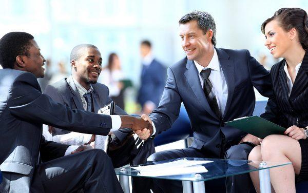Встреча деловых партнёров