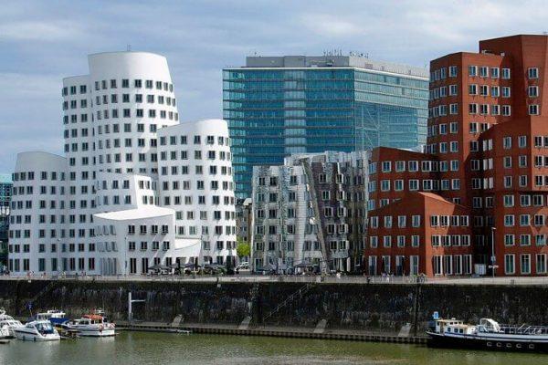 Комплекс «Новая таможня» в Дюссельдорфе
