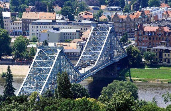 Мост «Голубое чудо» в Дрездене