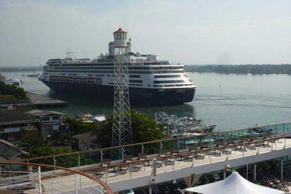 Порт на Бали