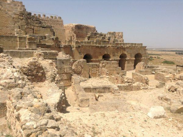 Развалины в Тунисе