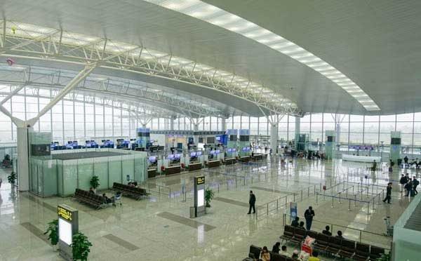 Терминал международного аэропорта в Ханое