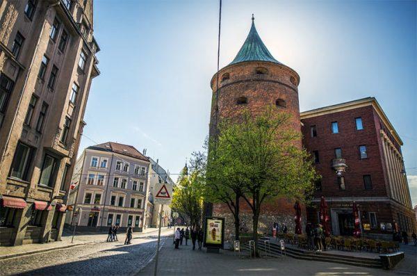 Пороховая башня в Риге