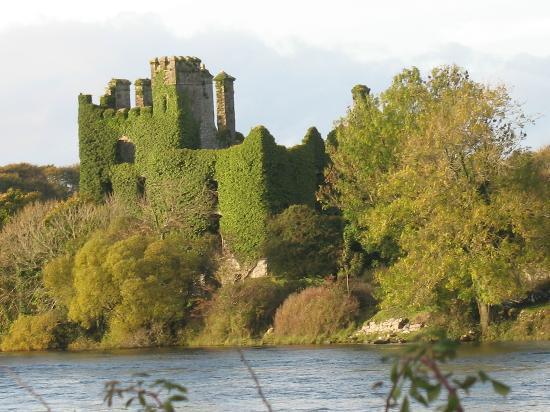 Замок Хэкетт, графство Голуэй