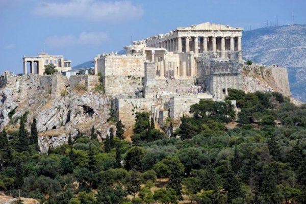 Акрополь и его окрестности в Афинах