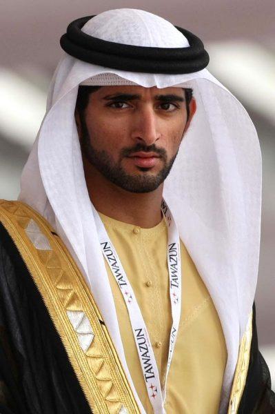 Араб в национальной одежде