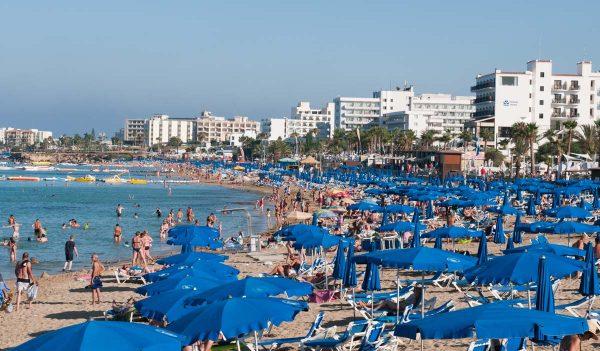 Большой пляж в Протарасе