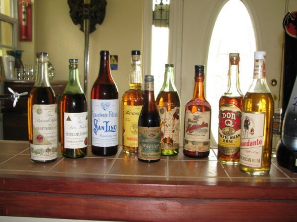 Бутылки рома на заводе Havana Club