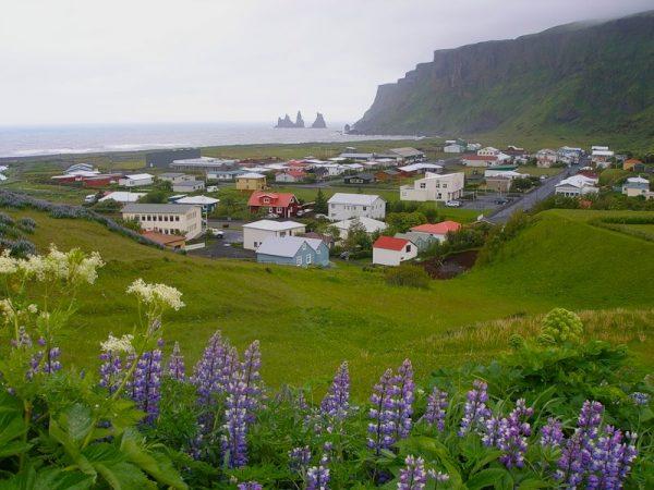 Деревня Флудир в Исландии