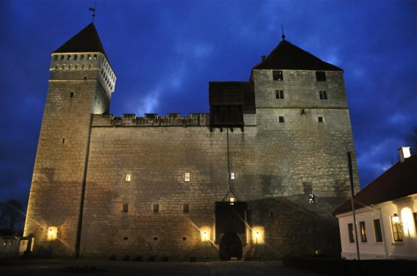 Епископский замок в Курессааре