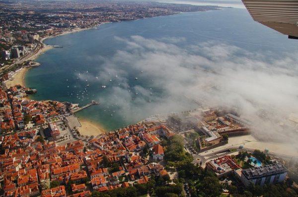 Город Кайкаш в Португалии