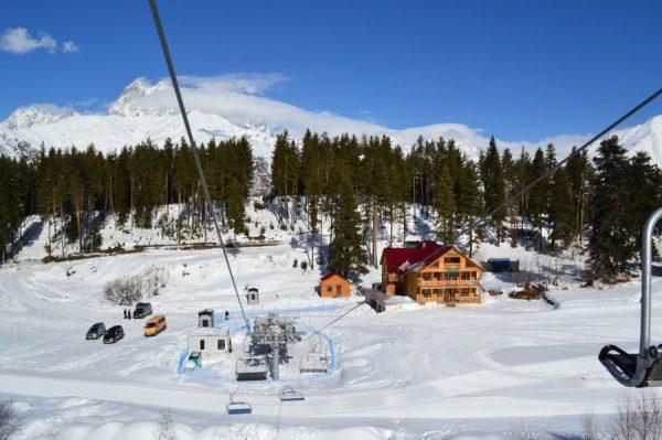 Окрестности горнолыжного курорта в Грузии