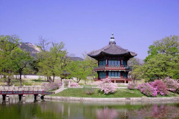 Исторический павильон в Сеуле