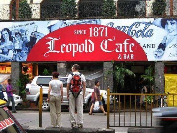 Кафе «Леопольд» в Болливуде