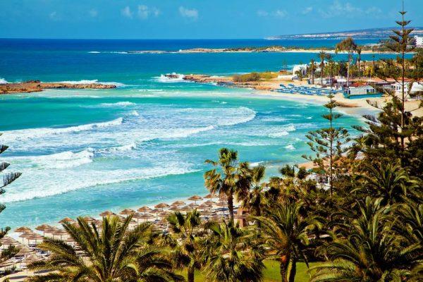 Побережье острова Кипр