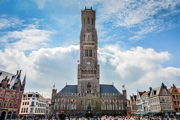Колокольня в городе Брюгге