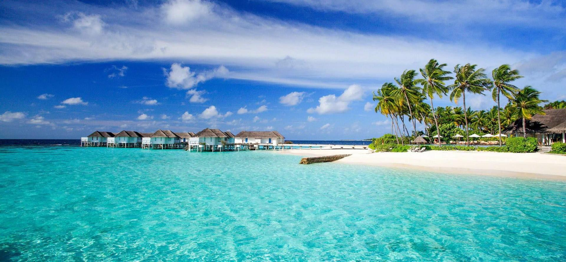a comparison of maldives and australia The maldives, officially the republic of maldives, is a south asian country, located in the indian ocean, situated in the arabian sea it lies southwest of sri lanka and india.