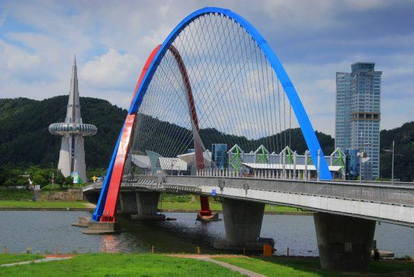 Мост Экспо в северо-западной части Тэджона