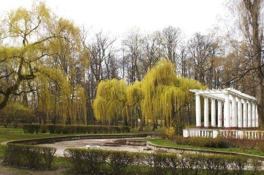 Одно из мест в городском парке Легнице