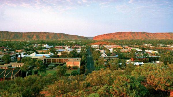Окрестности города Алис-Спрингс в Австралии