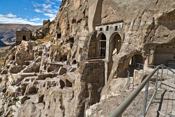 Пещерный комплекс Вардзия