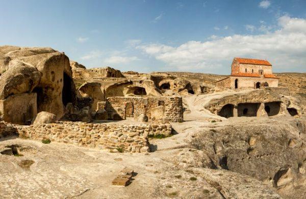 Пещеры комплекса Уплисцихе в Грузии