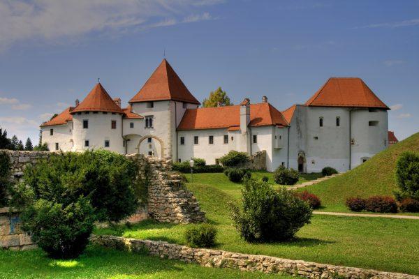 Замок в городе Вараждин в Хорватии
