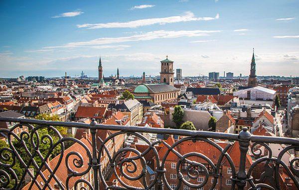 Вид на Копенгаген со смотровой площадки Круглой башни
