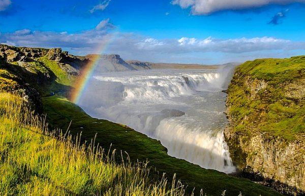 Водопад Гюдльфосс на юге Исландии