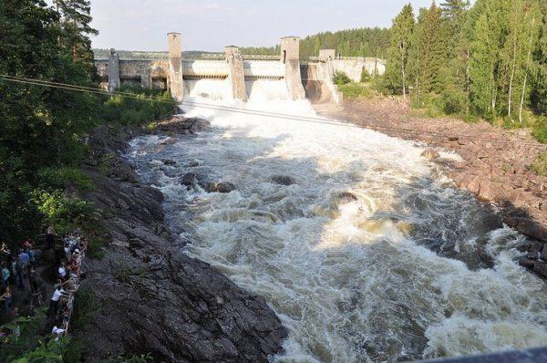 Водоспуск Иматранкоски в Финляндии