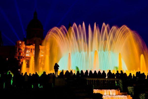 Волшебный фонтан Монтжуик в Барселоне