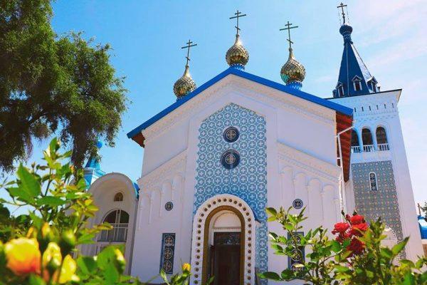 Свято-Воскресенский собор в Бишкеке