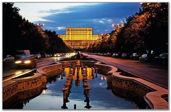 Елисейские поля в Бухаресте