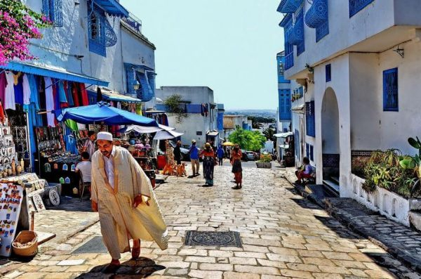Город Сиди-Бу-Саид недалеко от столицы Туниса