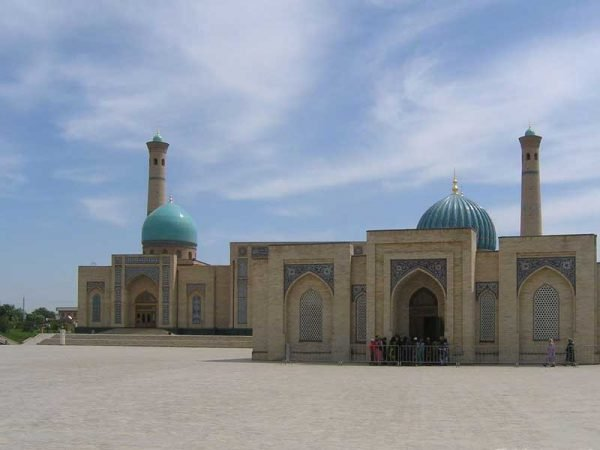 Хазрати Имам в Ташкенте
