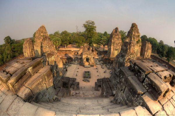 Храмовый комплекс Пре-Руп в Камбодже