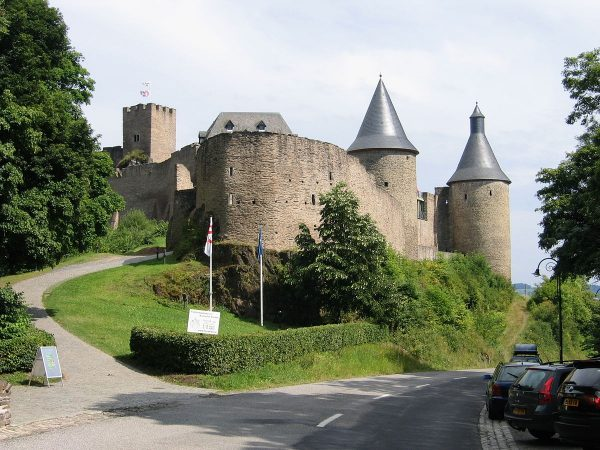 Замок Буршайд (Château de Bourscheid)