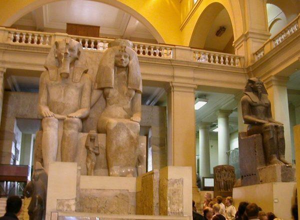 Скульптуры египетского музея