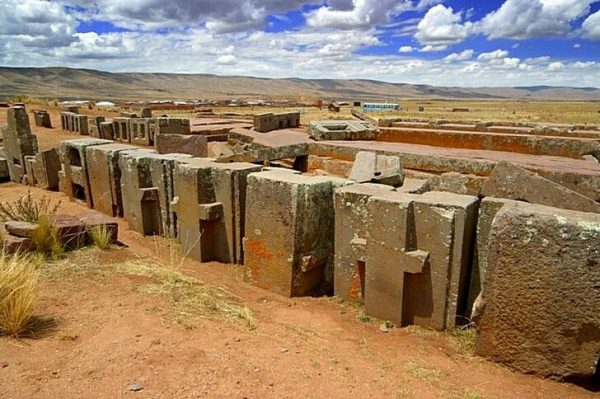 Каменный комплекс Пума Пунку