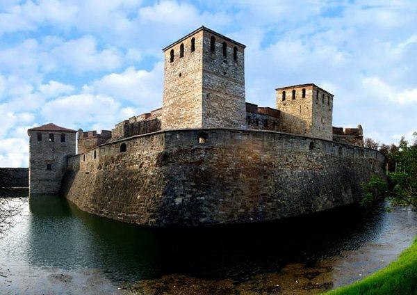 Крепость Баба Вида в Болгарии